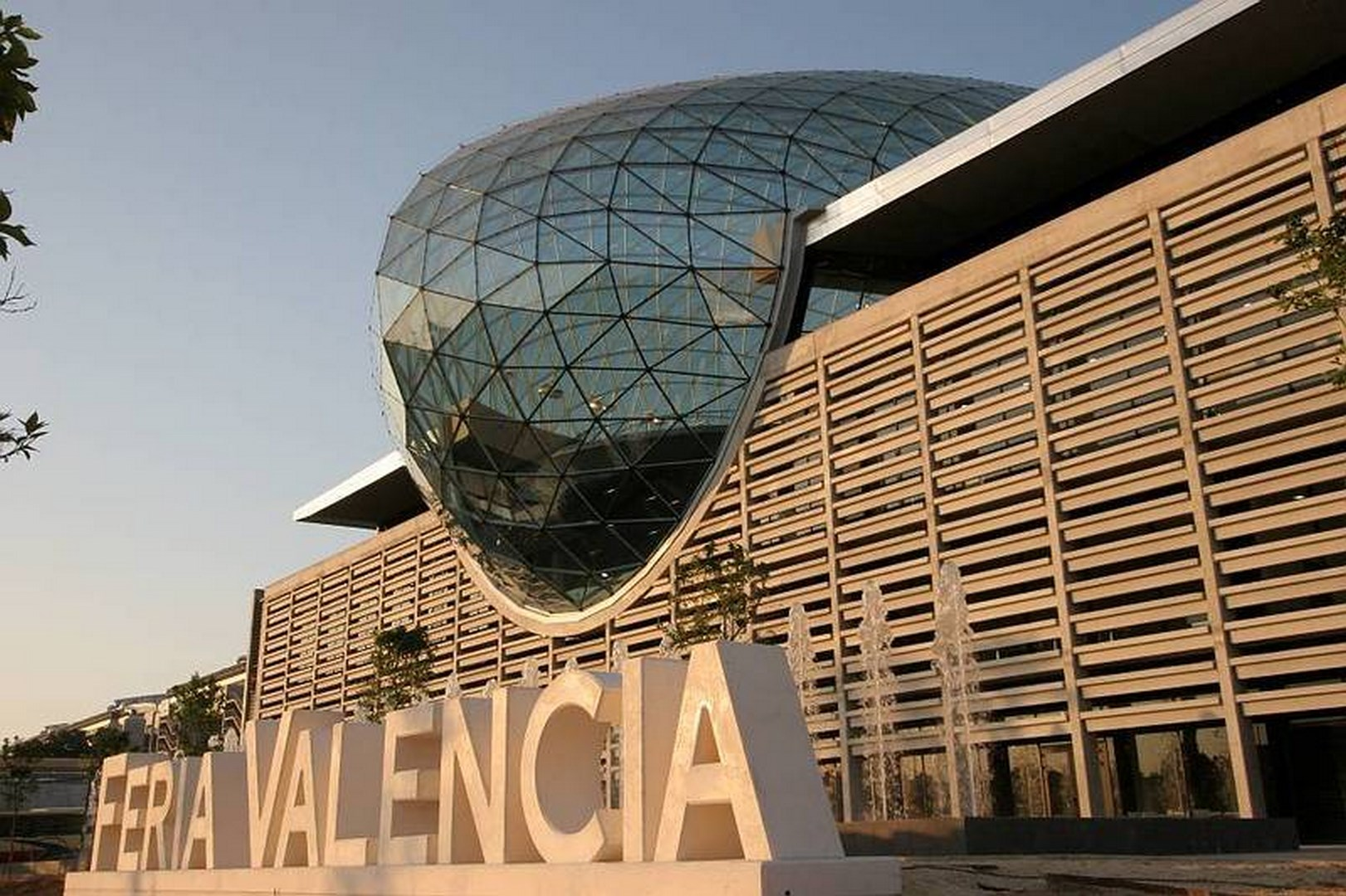 Main façade of the Valencia Trade Fair