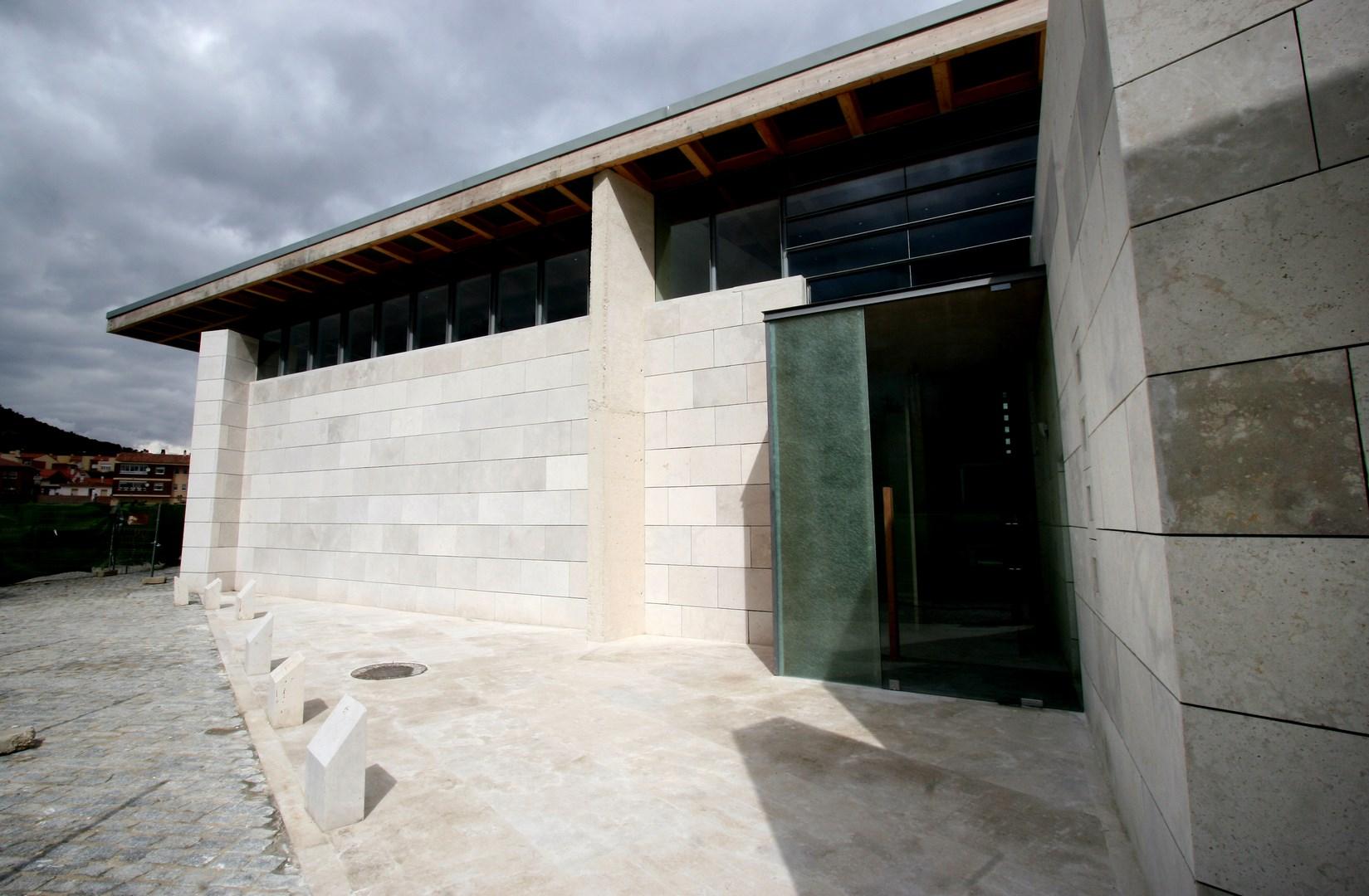 Detalle Edificio Auxiliar