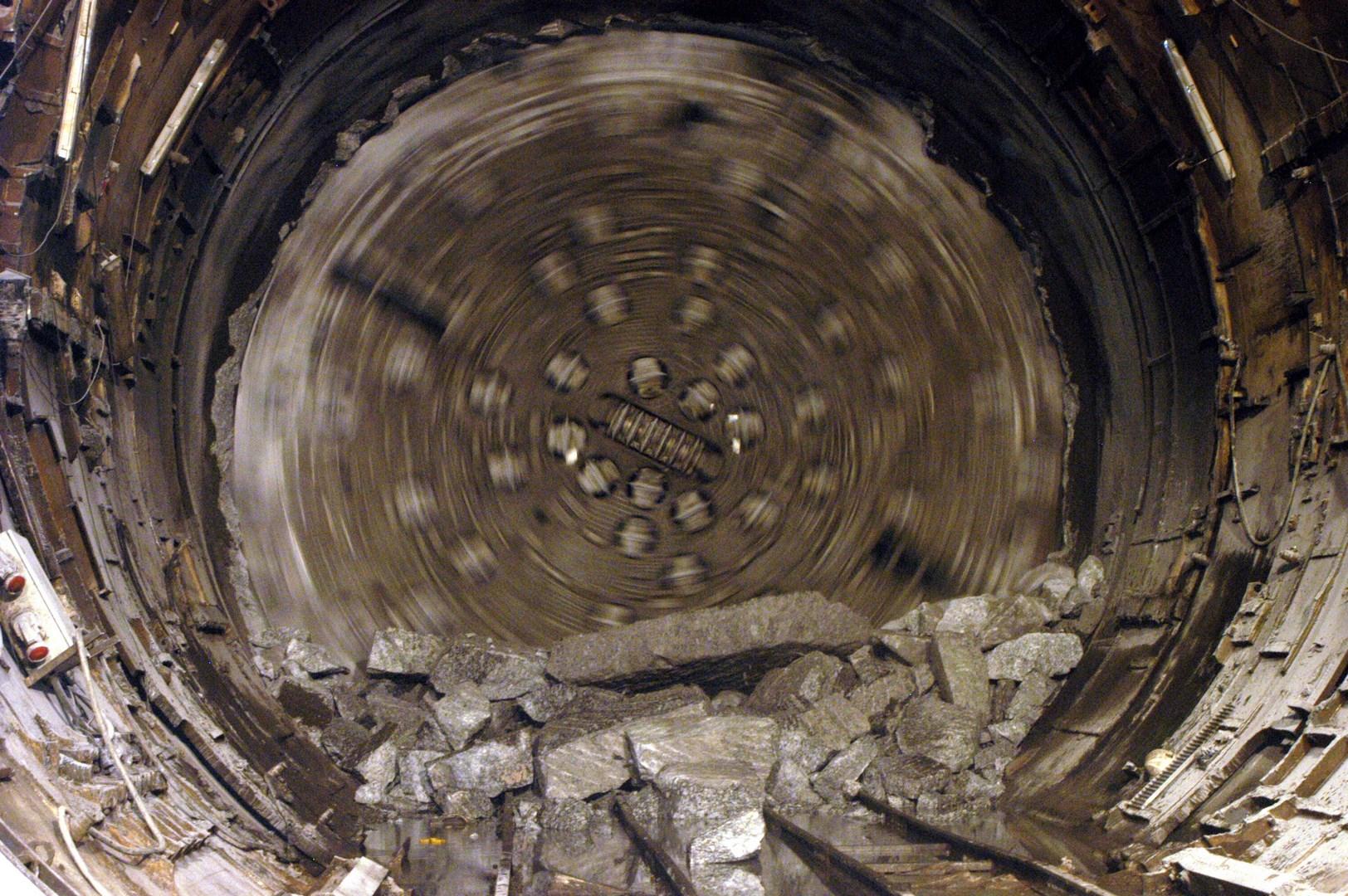 Tuneladora funcionado