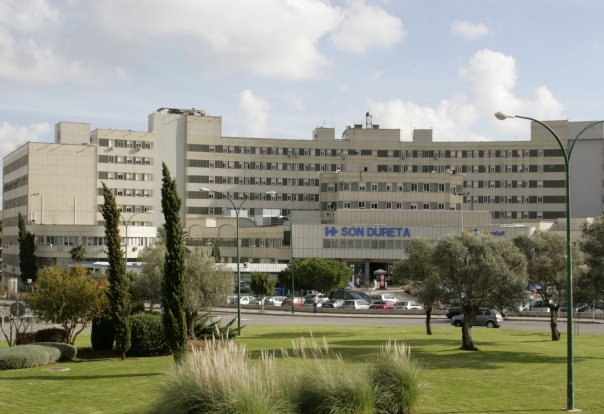 Front view of the Son Dureta Hospital