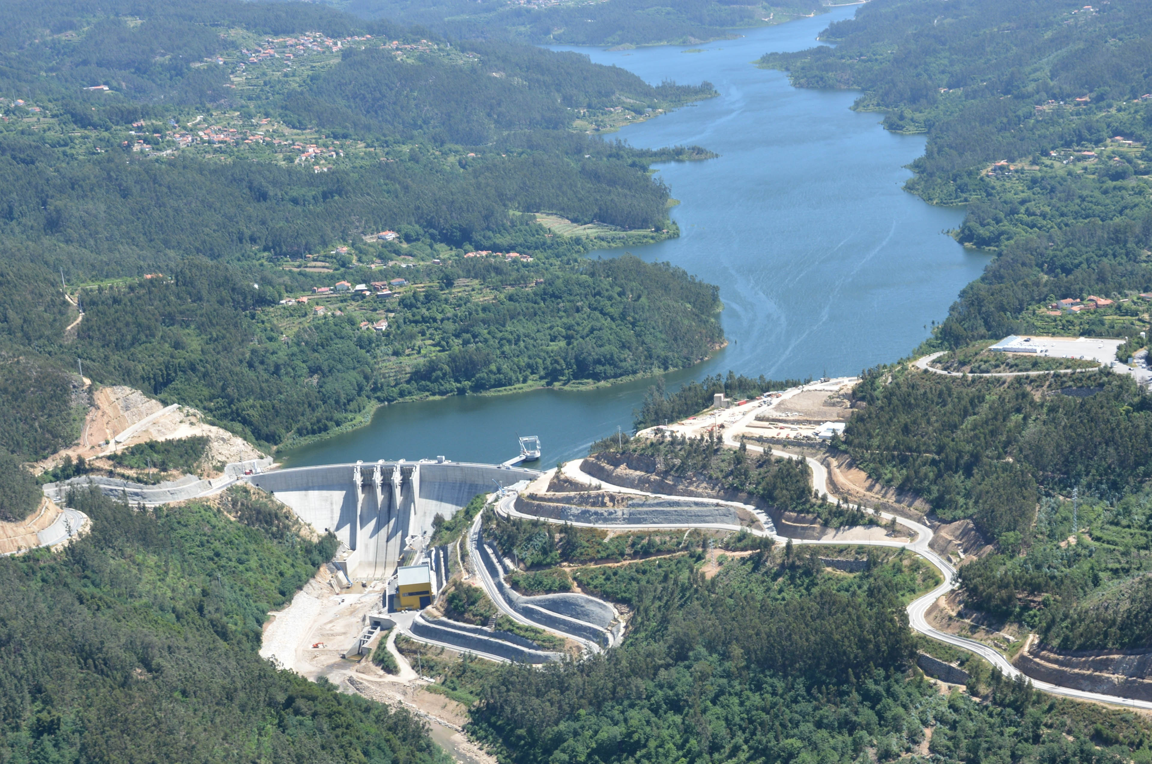Ribeiradio Dam under construction