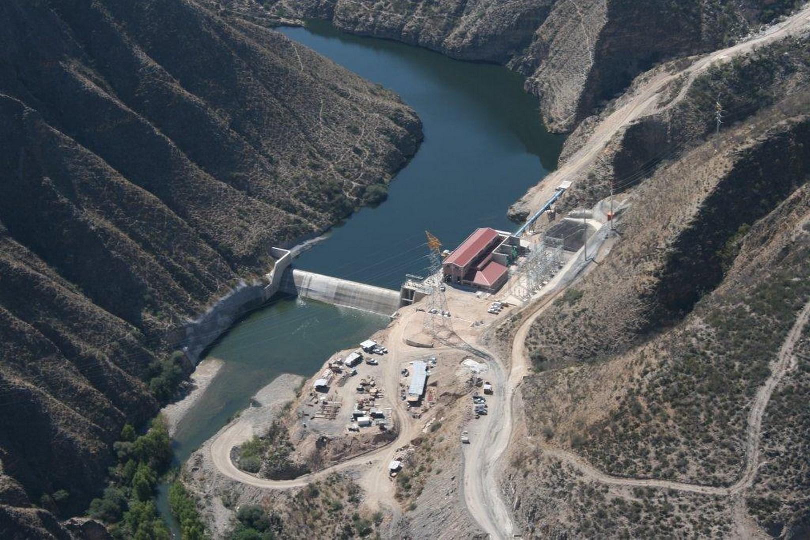 Vista aérea bombeo y presa Querétaro