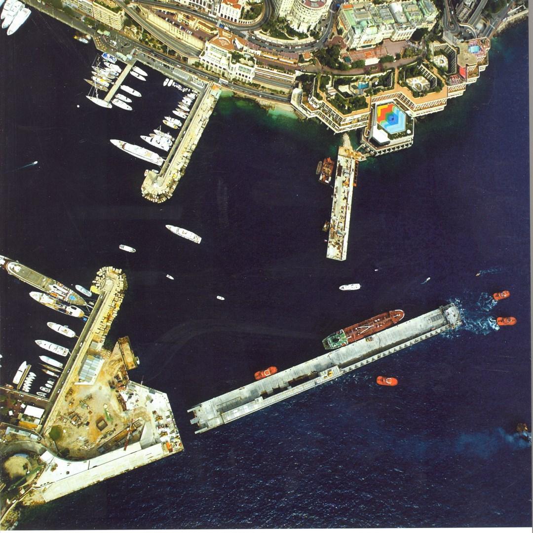 Monaco floating dock