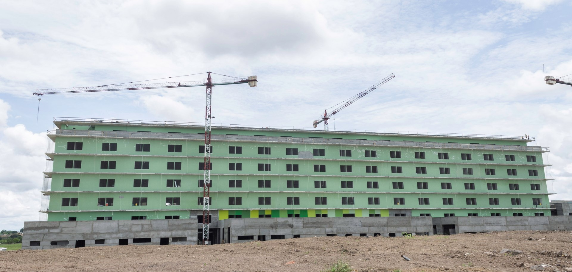 Fachada nuevo hospital