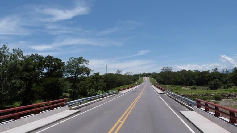 Construction of the Carretera Longitudinal del Norte (North Longitudinal Road), section 3A: Chalatenango Bypass