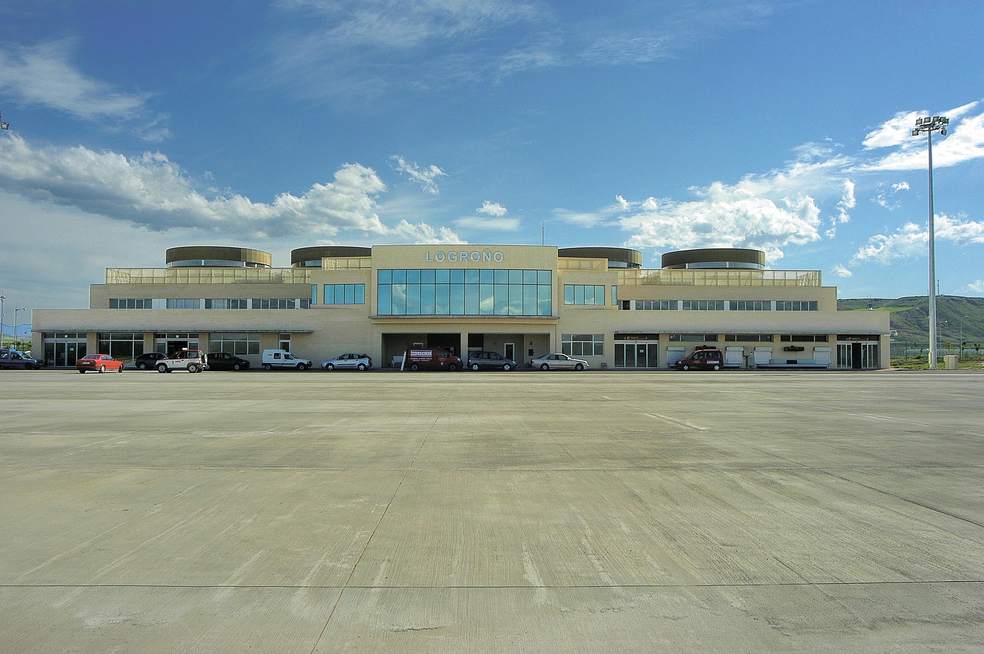 Aeropuerto Logroño Fachada
