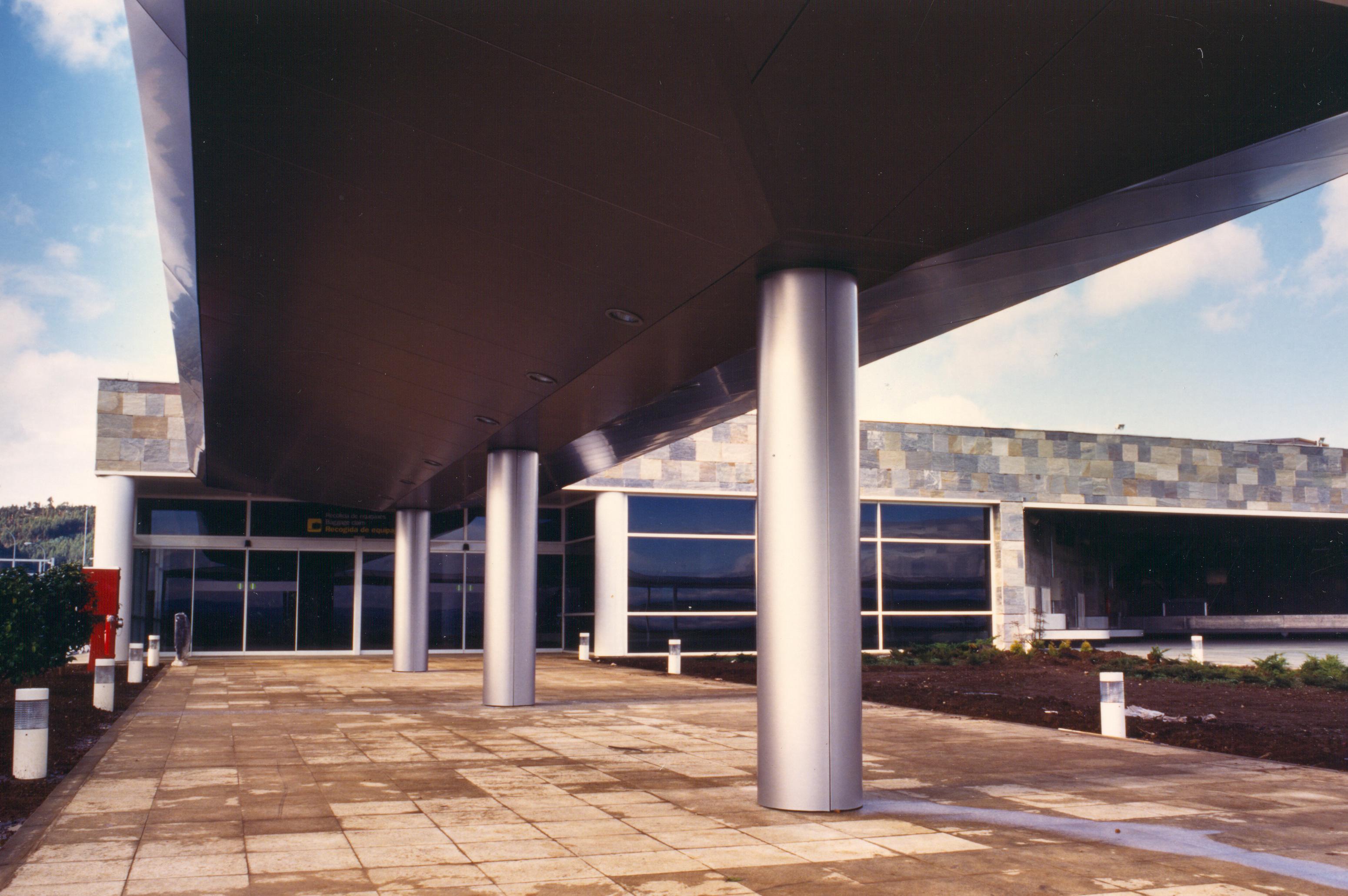 exteriores aeropuerto la Coruña