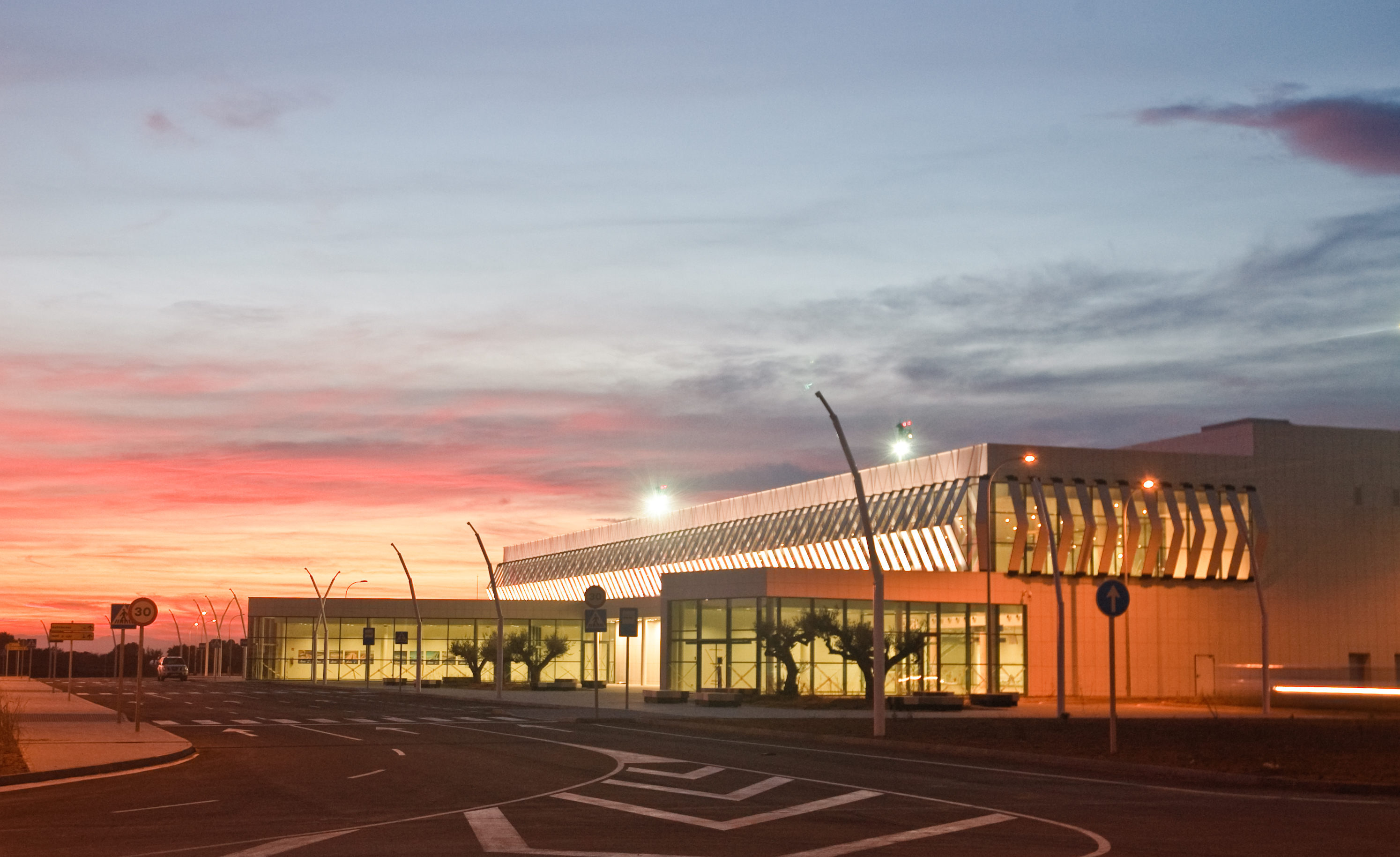 Aeropuerto Castellón nocturna