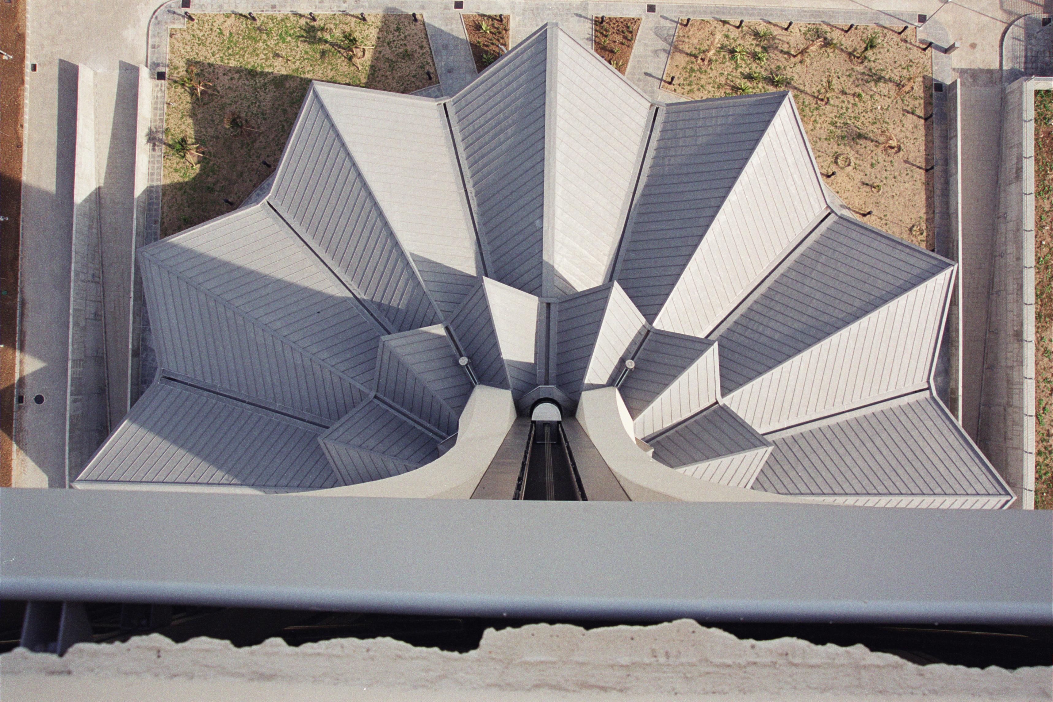 torre control aeropuerto Málaga vista aerea