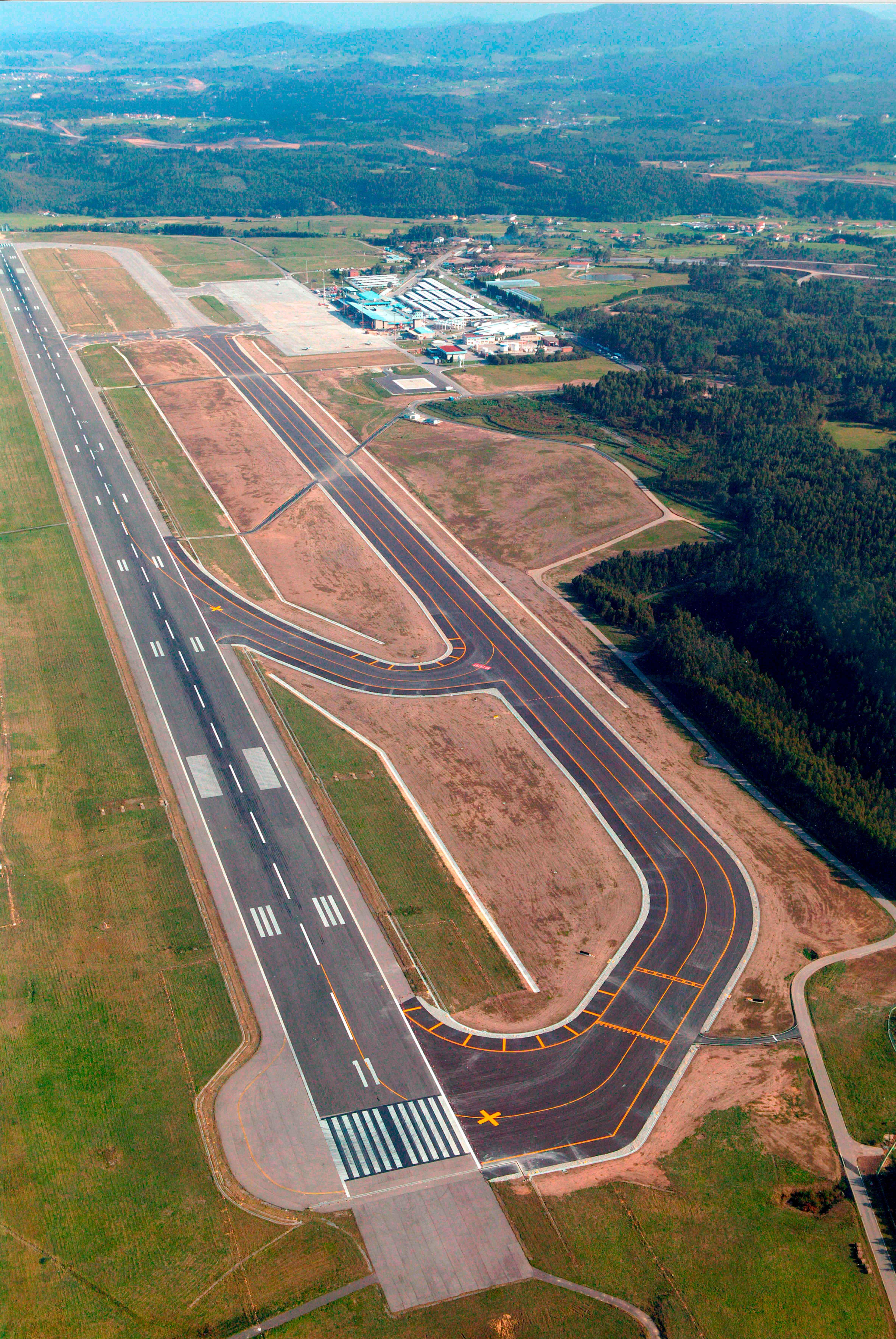 Aeropuerto Asturias Rodadura pista