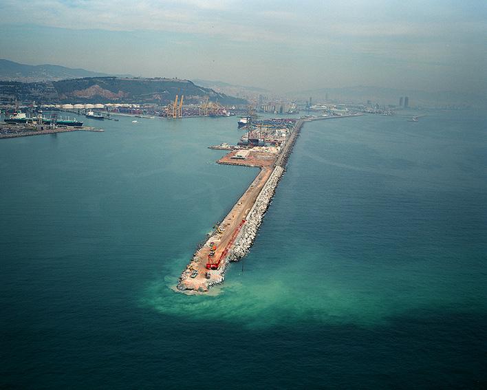 vista aerea Dique Este puerto Barcelona